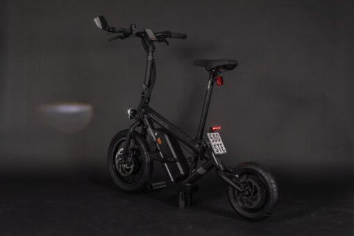 steereon-c25-schwarz-seite-hinten